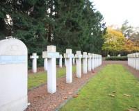 Mini Traper - Lommel, Polski Cmentarz Wojskowy